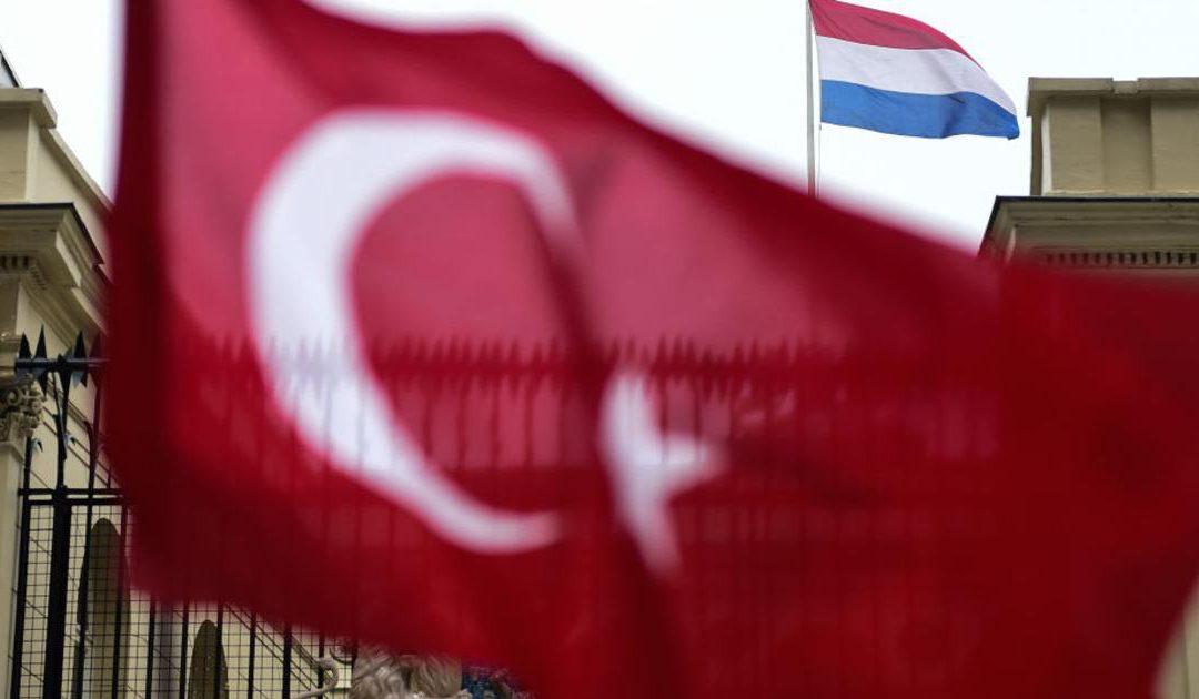 تركيا تؤكد: سنفرض عقوبات على هولندا