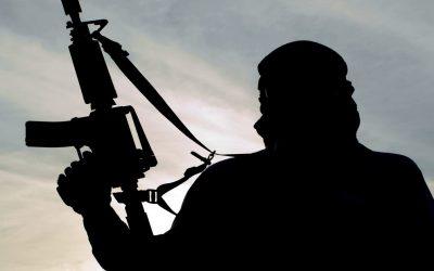 """""""داعش"""" ينظم مسابقة في اليمن والجائزة الأولى كلاشنيكوف!"""