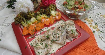 سمك الاسبادون بالصلصة البيضاء