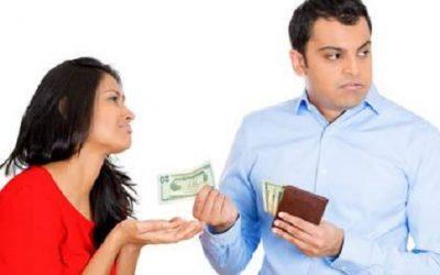 7 نصائح لتتعاملي مع الزوج البخيل بذكاء