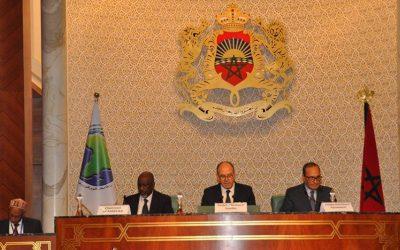 """مجلس المستشارين يناقش  """"تحديات وآفاق الديمقراطية بالمغرب"""""""
