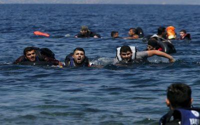 إنقاذ 85 مهاجر مغربي بعرض السواحل الليبية +فيديو