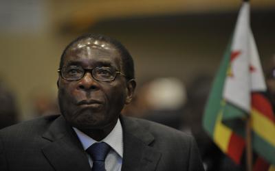 الجيش يسيطر على البلاد والرئيس الزيمبابوي رهن الاقامة الجبرية