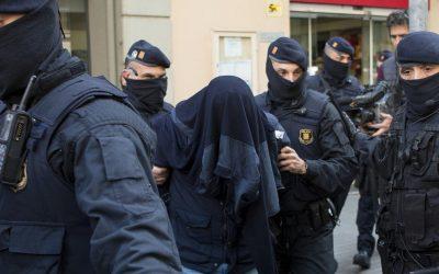 """اعتقال 4 مغاربة موالين لتنظيم """"داعش"""" ما بين  المغرب والإسبانيا"""