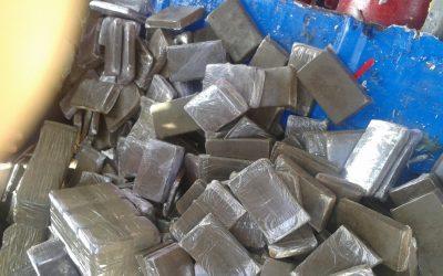 طانطان : حجز كميات من مخدر الشيرا والكيف في حقيبة مسافر