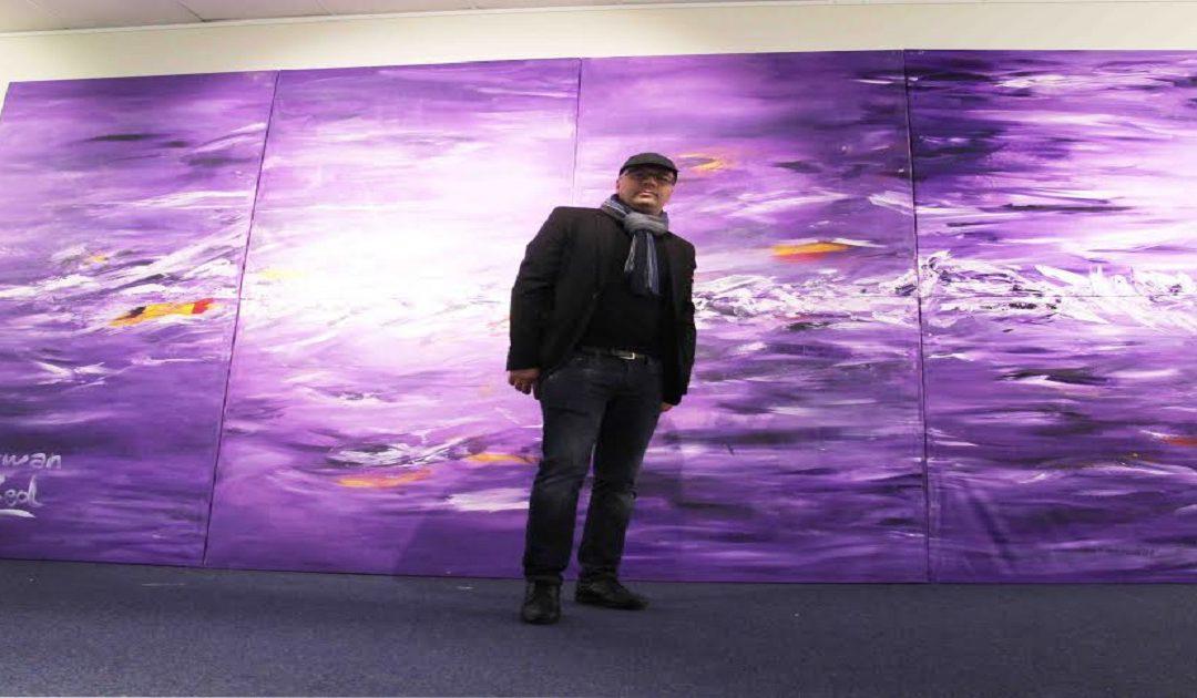 هروان يعرض لوحة عملاقة بالقنصلية المغربية ببروكسيل