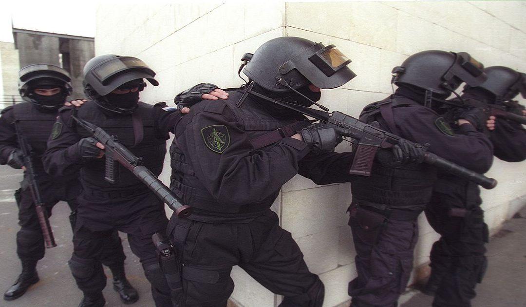مقتل شخصين في هجوم مسلح على مكتب للاستخبارات الروسية