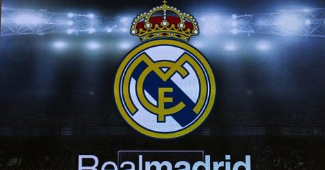 ريال مدريد يتعاقد رسميا مع هدف برشلونة