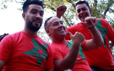 """الفنان مومن المباركي يطلق """"احنا كاع المغاربة"""" بمناسبة عيد العرش المجيد"""