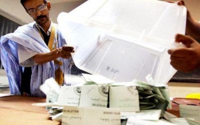 """موريتانيا: غالبية الناخبين يصوتون بـ""""نعم"""" في الاستفتاء على تعديل الدستور"""
