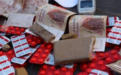 القنيطرة: الإطاحة بتاجر للأقراص المهلوسة من على متن حافلة لنقل المسافرين