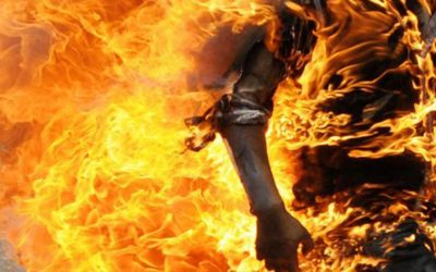 """رجل معاق يضرم النار في جسده احتجاجا على """"الحكرة"""" بزايو"""