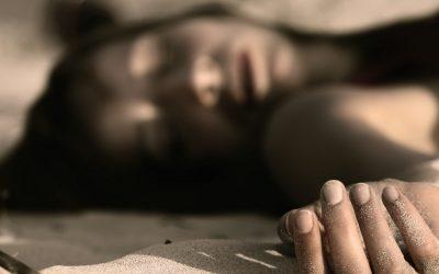 """أكادير..طالبة جامعية تحاول الانتحار بسبب """"علاقة عاطفية فاشلة"""""""