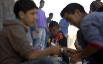 ستمائة قاصر مغربي يعيشون حالة التشرد بمليلية المحتلة