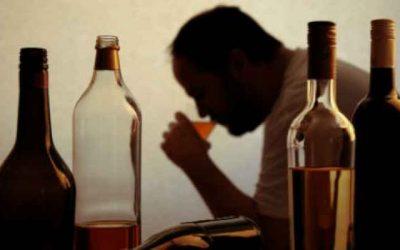دراسة حديثة تربط بين شرب الكحول والإصابة بالخرف