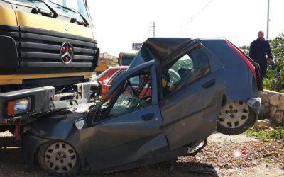 مصرع 3 أشخاص في حادثة سير مروعة