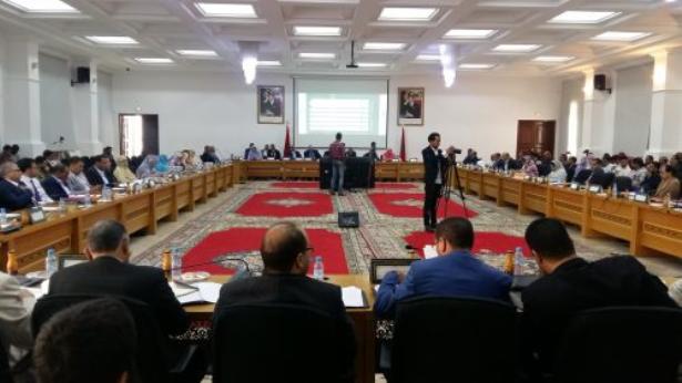 مجلس جهة الداخلة يصادق على إحداث شركات للتنمية الجهوية في عدة قطاعات حيوية