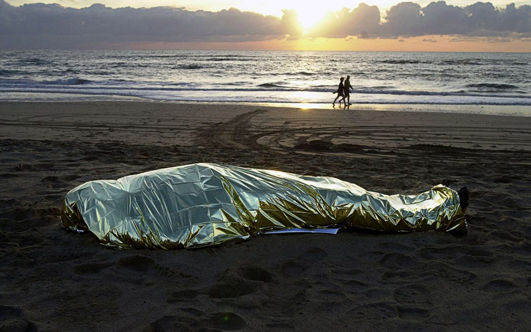 العثور على جثة عشرينية بالشاطئ بمدينة طنجة