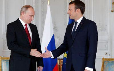 """ماكرون يصف بوتين بـ""""القوي جدا"""" ويحذر الدول الغربية منه"""