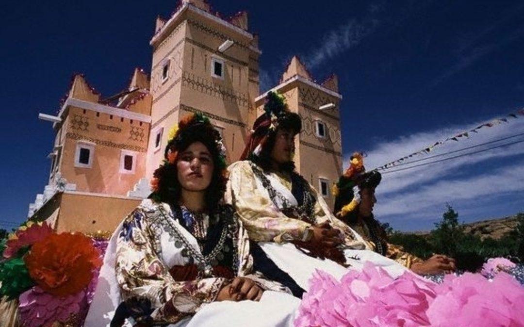 قلعة مكونة تحتضن الملتقى الدولي للورد العطري
