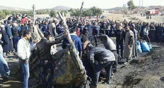 مقتل عاملين اثر انهيار منجم للفحم في زاكورة