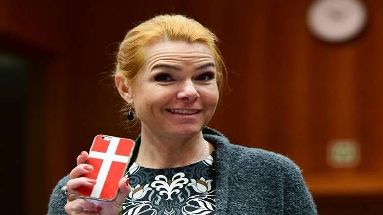 """وزيرة دنماركية تهاجم المسلمين وتصف صيامهم بـ""""الخطر"""""""