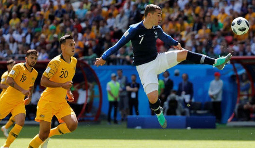 المنتخب الفرنسي ينتصر في أولى مبارياته المونديالية على أستراليا بصعوبة