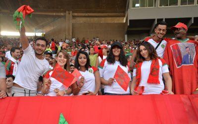 الجمهور المغربي بروسيا يشعل ملعب لوجنيكي بالحماس