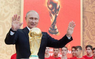 بوتين يمنح المشجعين الذين حضروا للمونديال العودة إلى روسيا مجانا