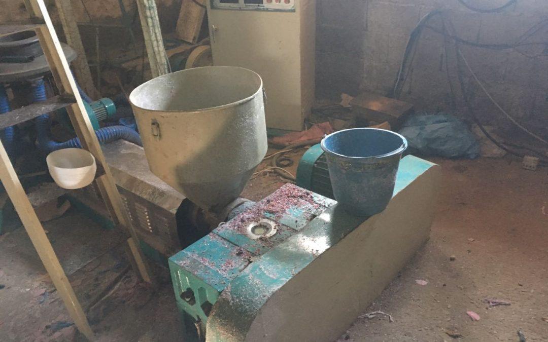 بالصور..تفكيك ورشة سرية لتصنيع الأكياس البلاستيكية الممنوعة بابن سليمان