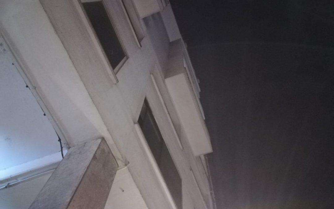 انهيار جزء من إقامة سكنية بالبيضاء + صور