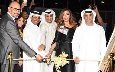 """افتتاح معرض """"الأندلس"""" للفنانة التجريدية لمياء منهل بدولة الإمارات العربية"""