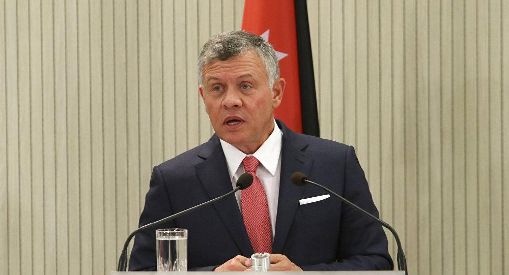 أعضاء الحكومة الأردنية يقدمون استقالتهم