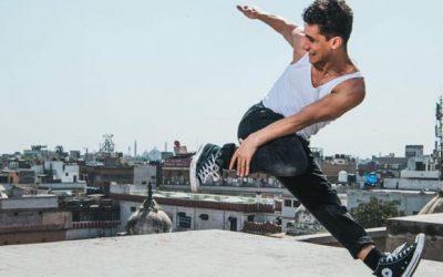 """بالفيديو.. مغربي يفوز بجائزة عالمية كبرى لـرقص """"البريك دانس"""""""