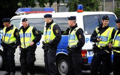 اعتقال شخص بالسويد يشتبه في تحضيره لعملية إرهابية وحيازة أسلحة بشكل غير قانوني