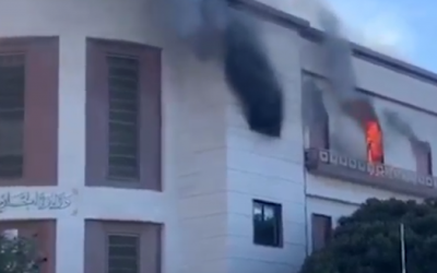 وزارة الخارجية الليبية تنفي وجود مواطنة مغربية من بين ضحايا الهجوم الإرهابي بطرابلس