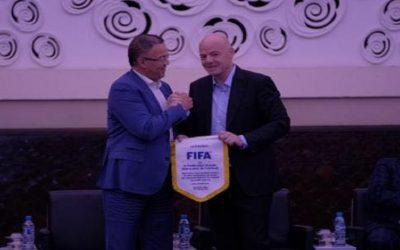 فوزي لقجع يرحب بمقترح تنظيم مونديال قطر 2022 بـ 48 منتخبا