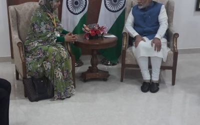 رئيس وزراء الهند يستقبل السيدة رقية الدرهم كاتبة الدولة المكلفة بالتجارة الخارجية