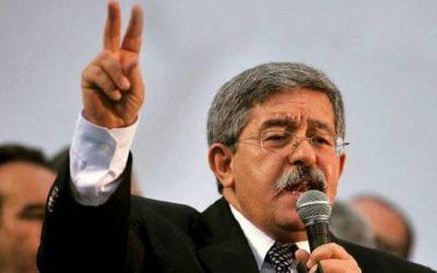 """رئيس الوزراء الجزائري يدعو الجزائريين إلى التعقل وتجنب التضليل ويحذر من """"السيناريو السوري"""""""