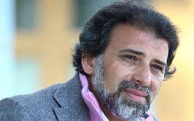 خالد يوسف يشرح حقيقة سفره إلى الخارج هربا