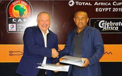 """توقيع اتفاقية تنظيم """"كان 2019"""" بين مصر و """"الكاف"""""""