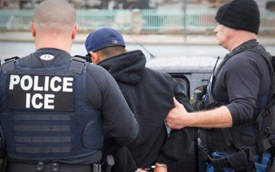 السلطات الهولندية ترحل مهاجر مغربي