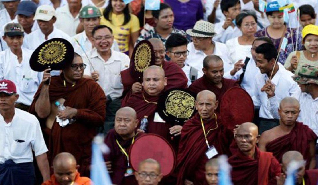 بعد إبادتهم للروهينغا.. الصراع يدب بين بوذيي ميانمار