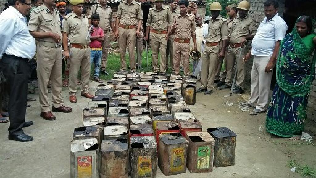 مصرع 47 شخصا إثر تناولهم لخمور فاسدة بالهند