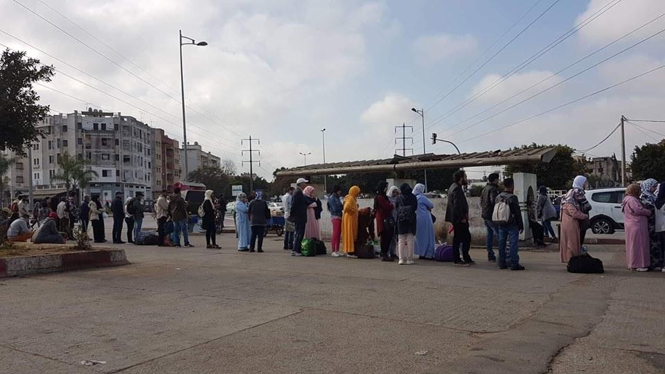 """""""أزمة النقل"""" معاناة يومية تتضاعف خلال شهر رمضان بتمارة"""