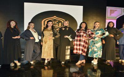 """بالصور: """"الطيّبات"""" وعرض أزياء مبهر بنكهة مغربية خلال مهرجان ملكة المحجبات العرب"""