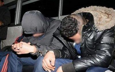 توقيف شخصين بتهمة حيازة المخدرات بالعيون