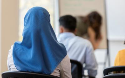 طالبة مسلمة تتعرض للإعتداء بإحدى ثانويات ولاية نيوجيرسي الأمريكية