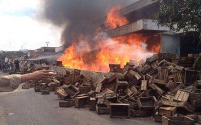 حريق خطير يأتي على سوق خضار بتمارة