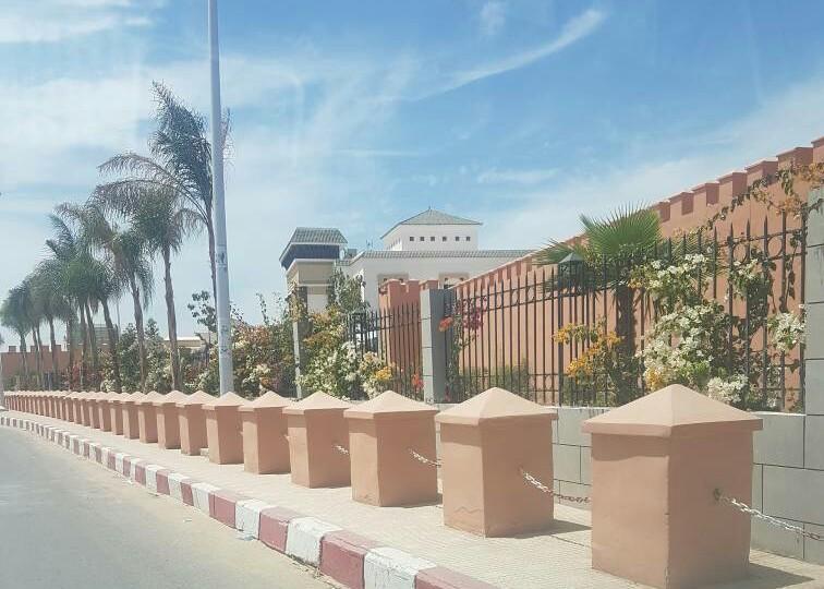 سفارة المملكة بنواكشوط تؤكد أنها اتخذت الاجراءات اللازمة لترحيل جثمان سائق مغربي لقي مصرعه في حادثة سير